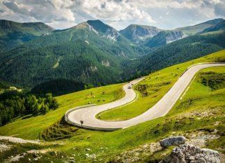 7 elementów, które musisz sprawdzić w samochodzie nim wyruszysz w długą podróż