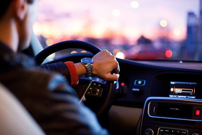 Jak kupić dobry i tani samochód?