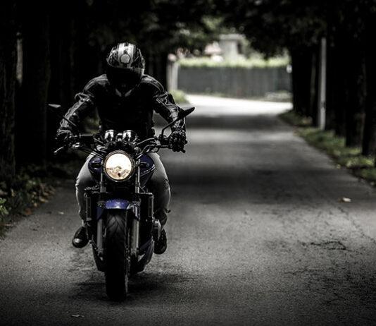 rodzaje sportowych opon motocyklowych